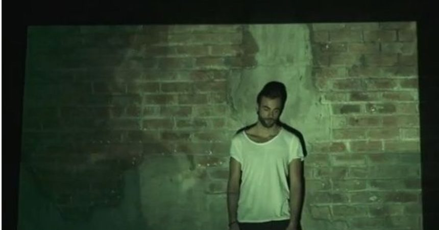 News – Marco Mengoni: in anteprima in video di Incomparable