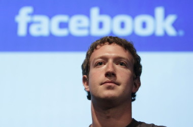 Privacy: Gates con l'FBI, Zuckerberg con la Apple