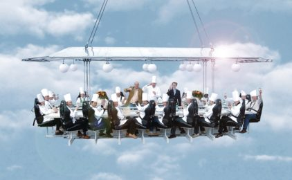 Dinner in the Sky, cenare ad alta quota con gli chef stellati