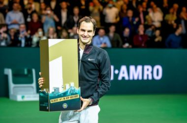 Federer infinito: n.1 a Rotterdam
